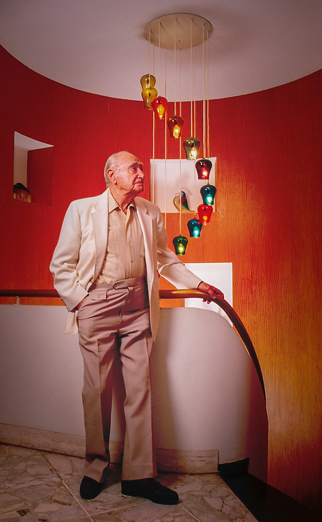 Miami Modern master architect Morris Lapidus in his self-designed Miami Beach duplex apartment in 1999 when he was 96 years old.