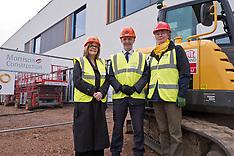 Minister visits hospital construction site, Haddington, 17 April 2019
