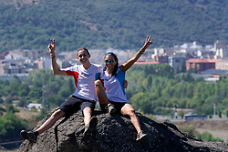 04-09-2019 ESP: WeHike2ChangeDiabetes - Senda de Bas day 4, Ponferrada<br /> A special day at the WeHike2ChangeDiabetes. The Senda de Bas path will be inaugurated today, coinciding with the athlete's birthday, by the statue and nice rock gravity that gets the path.<br /> <br /> <br /> <br /> willwil<br /> Vertalingen van will<br /> Zelfstandig NaamwoordFrequentie<br /> wil<br /> will, willingness, volition<br /> testament<br /> testament, will, bequeathal, endowment<br /> wilskracht<br /> willpower, will, energy, volition<br /> wens<br /> wish, desire, want, will<br /> willekeur<br /> arbitrariness, will<br /> laatste wil<br /> will<br /> uiterste wil<br /> will, testament<br /> verbond<br /> covenant, alliance, union, league, bond, will<br /> Werkwoord<br /> zullen<br /> will, shall<br /> willen<br /> want, like, will, mean<br /> wensen<br /> wish, want, desire, wish for, will, bid<br /> testeren<br /> will<br /> legateren<br /> devise, will<br /> Definities van will<br /> Zelfstandig Naamwoord<br /> 1<br /> the faculty by which a person decides on and initiates action.<br /> she has an iron will<br /> Synoniemen:<br /> determination willpower strength of character resolution resolve resoluteness single-mindedness purposefulness drive commitment dedication doggedness tenacity tenaciousness staying power<br /> 2<br /> a legal document containing instructions as to what should be done with one's money and property after one's death.<br /> Up and down the country, thousands of other people have done the same, yet all of us knew at the time we signed such documents that these wills had no proper legal status.<br /> Synoniemen:<br /> testament last will and testament bequest<br /> Werkwoord<br /> 1<br /> expressing the future tense.<br /> you will regret it when you are older<br /> nog 7 definities<br /> Voorbeelden van will<br /> When he finally gets to see the contract, he will , in all probability, laugh as much as I did.<br /> nog 29 voorbeelden<br /> Synoniemen van
