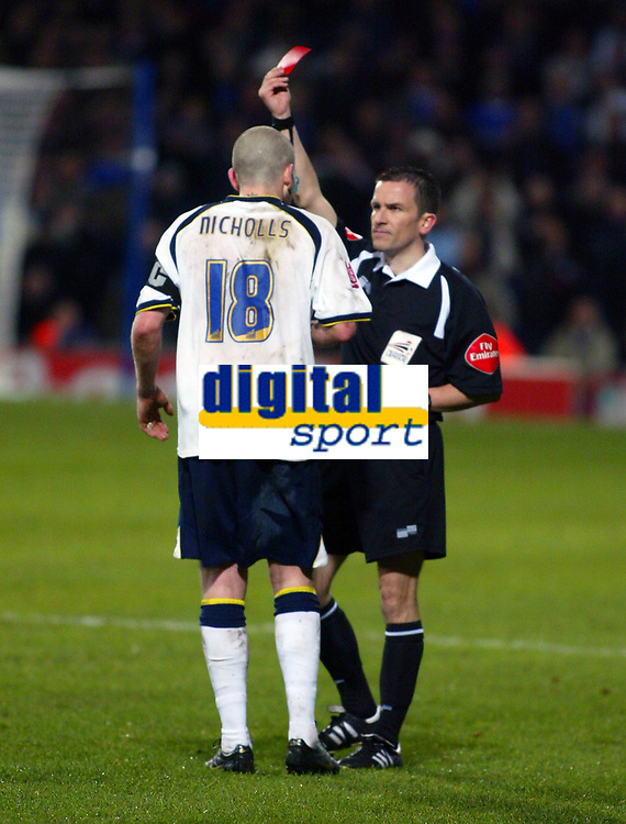 Photo: Ashley Pickering.<br />Ipswich Town v Leeds United. Coca Cola Championship. 16/12/2006.<br />Leeds captain Kevin Nicolls is shown the red card