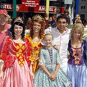 NLD/Amsterdam/20060715 - Premiere K3 en de IJsprinses film, cast, K3 en Laureen Poelemans, Peter Faber, Carry Tefsen en Mimoun Ouled Radi