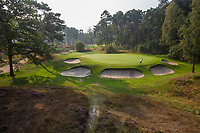 HILVERSUM - green hole 14. pannenkoek, par 3.  Hilversumsche Golf Club,voor Golfers Magazine nr. 10.  COPYRIGHT  KOEN SUYK