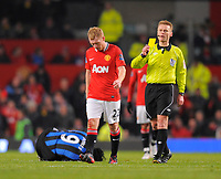 20120131: MANCHESTER, UK - Barclays Premier League 2011/2012: Manchester United v Stoke City.<br /> In photo: Paul Scholes of Manchester United receives a yellow card off referee Mike Jones.Barclays Premier League match between.<br /> PHOTO: CITYFILES