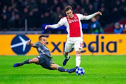 12-12-2018 NED: Champions League AFC Ajax - FC Bayern Munchen, Amsterdam<br /> Match day 6 Group E - Ajax - Bayern Munchen 3-3 / Rafinha #13 of Bayern Munich, Nicolas Tagliafico #31 of Ajax