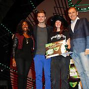 NLD/Scheveningen/20121030 - Uitreiking Talent voor Taal 2012 prijs, Zarayda Groenhart, Jim Bakkum, winnares Vera Zwerver en schrijver Arthur Japin