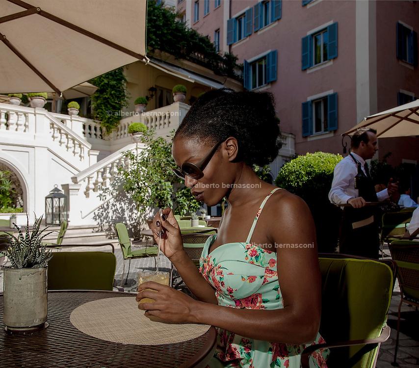 Rome, the writer Taiye Selasi, hotel de Russie
