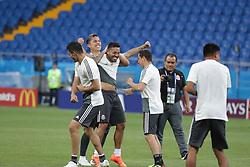 June 22, 2018 - EUM20180622DEP11.JPG.ROSTOV, Rusia, SoccerFutbol-Mundial.- 22 de junio de 2018. Sesión de entrenamiento de la Selección Mexicana de futbol en el Estadio Rostov Arena, previo al partido que tendrán ante su similar de Corea del Sur este sábado, como parte de las actividades de fase de grupos del Mundial de Rusia. Foto: Agencia EL UNIVERSALLuis CortésMAR. (Credit Image: © El Universal via ZUMA Wire)