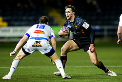 Ashley Beck of Worcester Warriors takes on Florian Vialelle of Castres Olympique - Mandatory by-line: Robbie Stephenson/JMP - 17/01/2020 - RUGBY - Sixways Stadium - Worcester, England - Worcester Warriors v Castres Olympique - European Rugby Challenge Cup