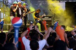 Show da banda Dazaranha no palco Pretinho do Planeta Atlântida 2013/SC, que acontece nos dias 11 e 12 de janeiro no Sapiens Parque, em Florianópolis. FOTO: Marcos Nagelstein/Preview.com