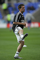 Photo: Lee Earle.<br /> Reading v Newcastle United. The Barclays Premiership. 30/04/2007.Newcastle's Michael Owen warms up before kick-off.