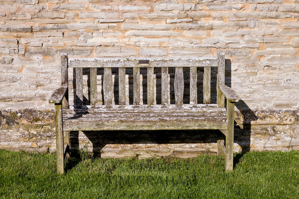 Wooden bench, Worcestershire, United Kingdom