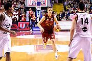 DESCRIZIONE : Venezia Lega A 2014-15 Umana Venezia Granarolo Bologna<br /> GIOCATORE : Spencer Nelson<br /> CATEGORIA : palleggio<br /> SQUADRA : Umana Venezia<br /> EVENTO : Campionato Lega A 2014-2015<br /> GARA : Umana Venezia Granarolo Bologna<br /> DATA : 08/03/2015<br /> SPORT : Pallacanestro <br /> AUTORE : Agenzia Ciamillo-Castoria/M.Marchi<br /> Galleria : Lega Basket A 2014-2015 <br /> Fotonotizia : Venezia Lega A 2014-15 Umana Venezia Granarolo Bologna
