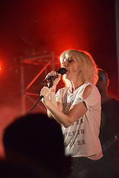 Jane Horrocks & If You Kiss Me, Kiss Me, Latitude Festival 2016, Henham Park, Suffolk, UK