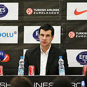 Partizan's coach Vlada JOVANOVIC during their Turkish Airlines Euroleague Basketball Top 16 Group G Game 6 match Efes Pilsen between Partizan at Sinan Erdem Arena in Istanbul, Turkey, Thursday, March 03, 2011. Photo by TURKPIX