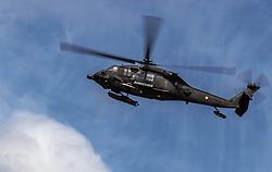 21.03.2017, Flugplatz, Zell am See, AUT, Bundesheer Übung, im Bild ein Sikorsky UH-60 Black Hawk Hubschrauber des Österreichischen Bundesheeres während einer Fallschrimsprung Übung im Flug // A Sikorsky UH-60 Black Hawk helicopter of the Austrian Armed Forces during a skydive exercise. at the Airport, Zell am See, Austria on 2017/03/21. EXPA Pictures © 2017, PhotoCredit: EXPA/ JFK