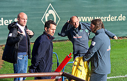 27.10.2014, Trainingscenter, Bremen, GER, 1. FBL, SV Werder Bremen, Training, im Bild von links, Rouven Schroeder / Schröder (Sportdirektor SV Werder Bremen), Thomas Eichin (Geschaeftsfuehrer Sport SV Werder Bremen), Viktor Skripnik (Cheftrainer SV Werder Bremen) und Torsten Frings (Co-Trainer SV Werder Bremen) // during a Trainingssession of German Bundesliga Club SV Werder Bremen at the Trainingscenter in Bremen, Germany on 2014/10/27. EXPA Pictures © 2014, PhotoCredit: EXPA/ Andreas Gumz<br /> <br /> *****ATTENTION - OUT of GER*****