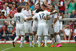 04.08.2015, Allianz Arena, Muenchen, GER, AUDI CUP, Real Madrid vs Tottenham Hotspur, im Bild vl: Luka Modric (Real Madrid CF #19), Toni Kross (Real Madrid CF #8), Gareth Bale (Real Madrid CF #11), Marcelo (Real Madrid CF #12), Torschuetze James Rodriguez (Real Madrid CF #10) und Isco ( (Real Madrid CF #22) beim Torjubel nach dem Treffer zum 1:0 // during the 2015 Audi Cup Match between Real Madrid and Tottenham Hotspur at the Allianz Arena in Muenchen, Germany on 2015/08/04. EXPA Pictures © 2015, PhotoCredit: EXPA/ Eibner-Pressefoto/ Schüler<br /> <br /> *****ATTENTION - OUT of GER*****