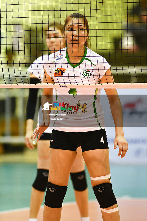 BANGKOK, THAILAND - MARCH 24: Siriporn Sooksen of King-Bangkok #4 in action during the 2017 Women's Volleyball Thai-Denmark Super League, MCC Hall The Mall , Bangkok, Thailand on March 24, 2017.<br /> .<br /> .<br /> .<br /> (Photo by: Naratip Golf Srisupab/SEALs Sports Images)<br /> .<br /> Any image use must include a mandatory credit line adjacent to the content which should read: Naratip Golf Srisupab/SEALs Sports Images