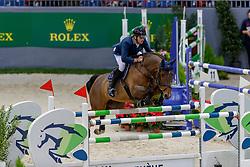 MUFF Werner (SUI), Varennes d'Argonne<br /> Genf - CHI Geneve Rolex Grand Slam 2019<br /> Prix des Communes Genevoises<br /> 2-Phasen-Springen<br /> International Jumping Competition 1m50<br /> Two Phases: A + A, Both Phases Against the Clock<br /> 13. Dezember 2019<br /> © www.sportfotos-lafrentz.de/Stefan Lafrentz