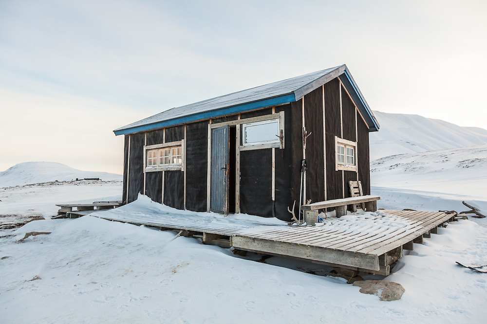 A backcountry cabin at the mouth of Foxdalen, in Adventdalen, Svalbard.