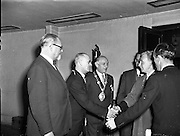 28/10/1957<br /> 10/28/1957<br /> 28 October 1957<br /> Opening of the Skal International  Congress at the Gresham Hotel, Dublin. Skål is a professional organisation of tourism leaders around the world founded in 1932.