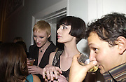 Jasmine PARFAIT AND ERIN O'CONNOR, The Vogue List, celebrated by Vogue and Motorola. 33 Portland Place. 3 November 2004. ONE TIME USE ONLY - DO NOT ARCHIVE  © Copyright Photograph by Dafydd Jones 66 Stockwell Park Rd. London SW9 0DA Tel 020 7733 0108 www.dafjones.com