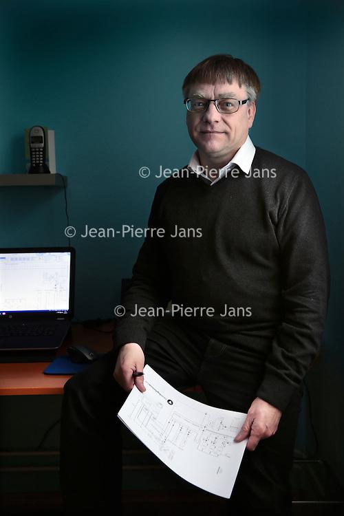 Nederland. Kerkrade. 8 april 2015.<br /> Jo Gerards, ZZP-er en 50 plusser.<br /> Foto: Jean-Pierre Jans