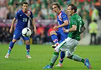 Fotball<br /> Kroatia v Irland<br /> 10.06.2012<br /> EM 2012<br /> Foto: Witters/Digitalsport<br /> NORWAY ONLY<br /> <br /> v.l. Luka Modric, Glenn Whelan (Irland)<br /> Fussball EURO 2012, Vorrunde, Gruppe C, Irland - Kroatien