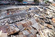 De Sandaga markt in Dakar. De overheid wil de markthal slopen, maar de eigenaar werkt niet mee.