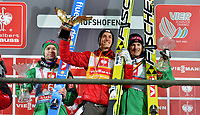 Hopp<br /> FIS World Cup<br /> Bischofshofen Østerrike<br /> 06.01.2013<br /> Foto: Gepa/Digitalsport<br /> NORWAY ONLY<br /> <br /> FIS Weltcup der Herren, Vierschanzen-Tournee, Siegerehrung. Bild zeigt Anders Bardal (NOR), Gregor Schlierenzauer (AUT) und Anders Jacobsen (AUT).