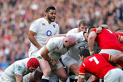 England Number 8 Billy Vunipola urges on the pack - Mandatory byline: Rogan Thomson/JMP - 12/03/2016 - RUGBY UNION - Twickenham Stadium - London, England - England v Wales - RBS 6 Nations 2016.