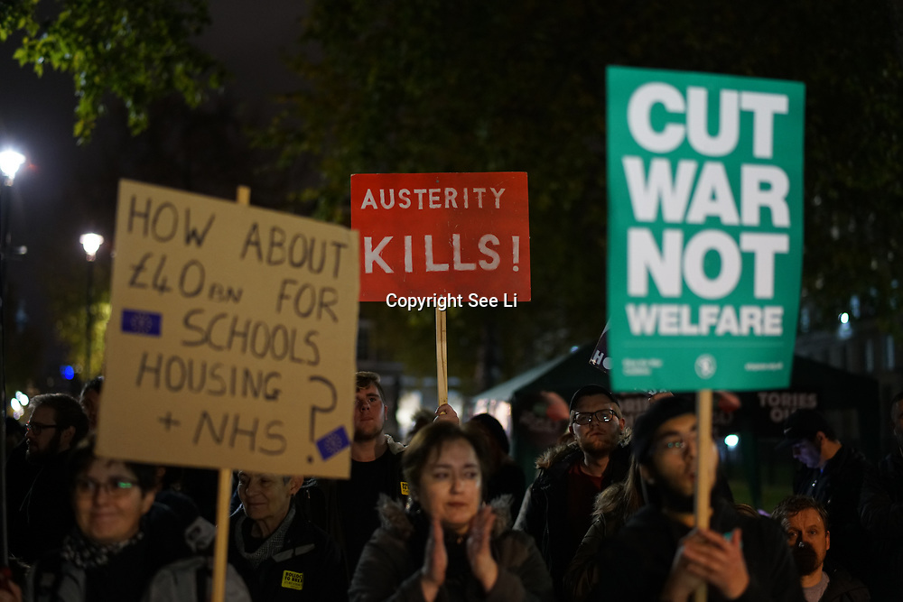 Sack The Tories ahead of Budget Day Protest against the Government's plans to overhaul the welfare system by forcing people onto Universal Credit outside Downing Street on 21st November 2017,  London, UK.