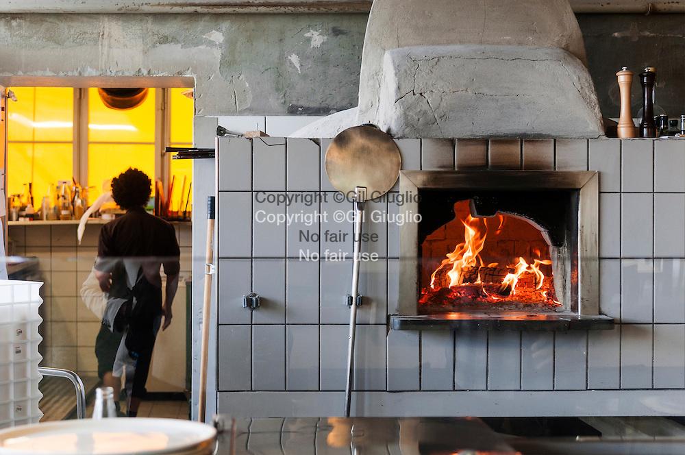 Suisse, Canton de Zurich, ville de Zurich, quartier rénové : Zurich-Ouest, Rozzo Pizzeria// Switzerland, Zurich canton, city of Zurich, Zurich-West renovate neighborhood, Rosso Pizzeria