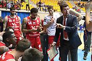 Leka Spiro durante il time out, Red October Cantù vs VL Pesaro - 12 giornata Campionato LBA 2017/2018, PalaDesio Desio 26 dicembre 2017 - foto BERTANI/Ciamillo