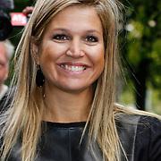 NLD/Amsterdam/20121002 - H.K.H. Prinses Maxima opent in het Tropenmuseum de tentoonstelling MixMax Brazil, afscheid