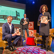 NL/Baarn/20201126 - Minister Van Engelshoven te gast bij Theater Thuis.nl, Frits Sissing, Pieter Jouke en minister Ingrid van Engelshoven