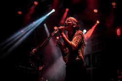 O duo pop Boy, formado por uma suíça e uma alemã, se apresenta no palco Meca durante a 20ª edição do Planeta Atlântida, que ocorre nos dias 29 e 30 de janeiro, na SABA, na praia de Atlântida, no Litoral Norte gaúcho.  Foto: Carlos Ferrari / Agência Preview