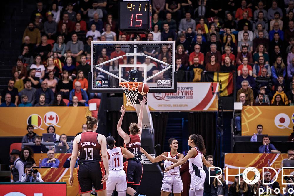 Emma Meesseman (BEL) for score <br /> <br /> Day 1 – CANADA (CAN) vs BELGIUM (BEL):<br /> <br /> FIBA Women's Olympic Qualifying Tournament 2020 – Ostend,  Belgium<br /> Ostend Versluys Dôme (BEL)<br /> <br /> ©RhodePhotoMedia