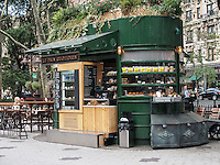 Le Pain Quotidien stand at 72nd street and Broadway