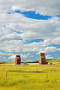 Grain elevators<br /> Neidpath<br /> Saskatchewan<br /> Canada