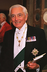 The EARL OF AIRLIE. at a dinner in London on 1st June 1999.MSR 62