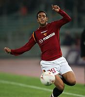 Roma 10/11/2004 Campionato Italiano Serie A <br /> <br /> Roma Udinese 0-3<br /> <br /> Hassan Mido Roma<br /> <br /> Foto Andrea Staccioli Graffiti