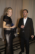 DAPHNE GUINNESS and Sean Leane. , British Fashion awards 2005. V. & A. Museum. Cromwell Rd. London.   10  November 2005 . ONE TIME USE ONLY - DO NOT ARCHIVE © Copyright Photograph by Dafydd Jones 66 Stockwell Park Rd. London SW9 0DA Tel 020 7733 0108 www.dafjones.com