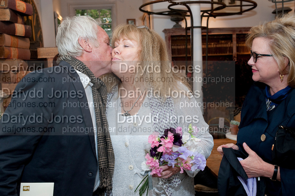 JOHN RENDALL; APPLEY HOARE; KAY SAATCHI, The Pimlico Road Summer party. London SW1. 9 June 2009