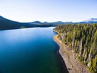 Elk Lake. Cascade Lakes Highway in Central Oregon.