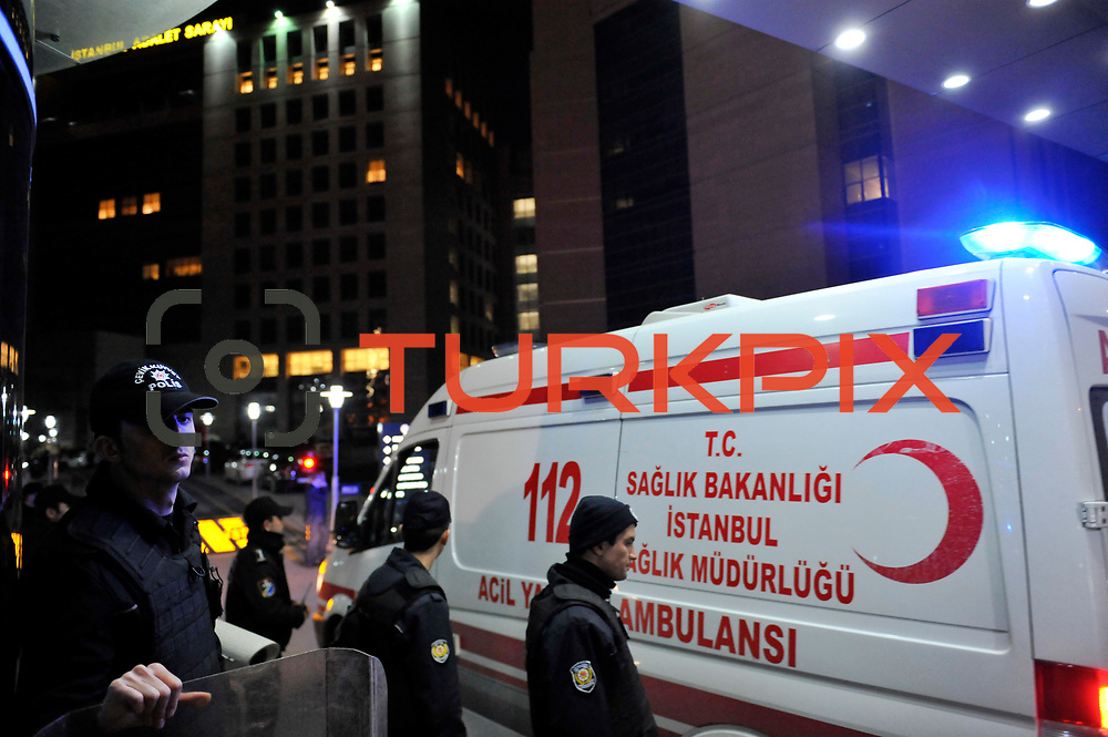 An ambulance leaves a hospital where prosecutor Mehmet Selim Kiraz was brought after alleged members of the banned leftist group 'The Revolutionary People's Liberation' (DHKP-C) group took the prosecutor hostage in his office in Istanbul, Turkey, 31 March 2015. Two people who held an Istanbul public prosecutor hostage for nine hours are dead after a police raid, says Istanbul police chief Selami Altinok. Istanbul police launched an operation to end the hostage situation after a left-wing group took prisoner a prosecutor who has been central in pressing cases against people involved in 2013 demonstrations against the central government. Photo by TVPN/TURKPIX