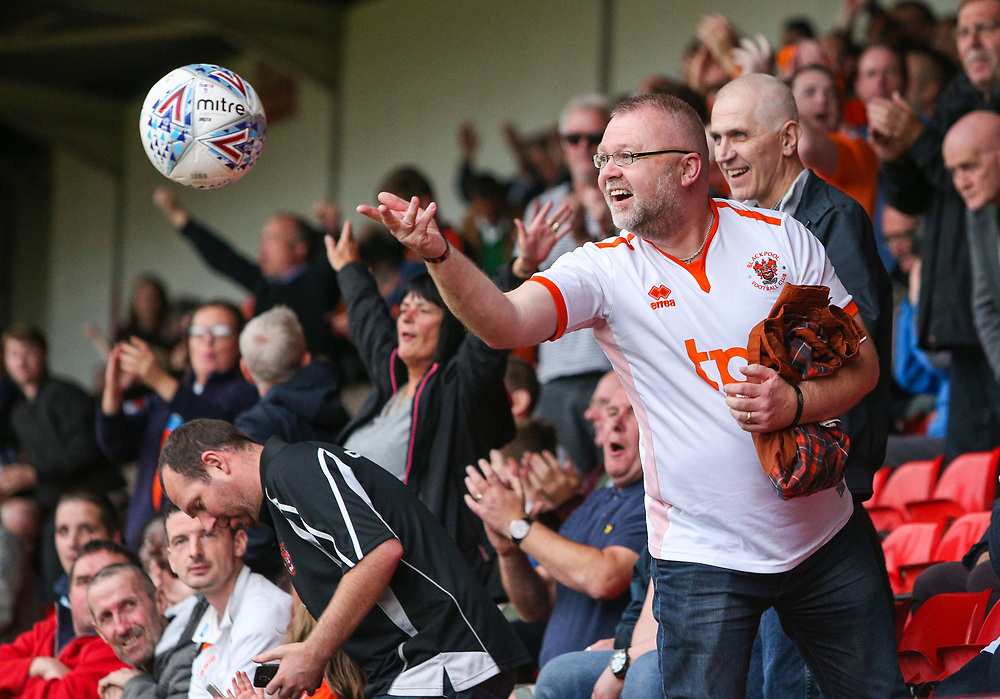 A Blackpool fan throws the ball back to the Walsall goalkeeper<br /> <br /> Photographer Alex Dodd/CameraSport<br /> <br /> The EFL Sky Bet League One - Walsall v Blackpool - Saturday 14th October 2017 - Bescot Stadium - Walsall<br /> <br /> World Copyright © 2017 CameraSport. All rights reserved. 43 Linden Ave. Countesthorpe. Leicester. England. LE8 5PG - Tel: +44 (0) 116 277 4147 - admin@camerasport.com - www.camerasport.com