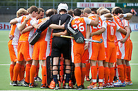 AMSTELVEEN - De mannen van het Nederlands Hockeyteam hebben zondag, ter voorbereiding aan het EK dat volgende week in Duitsland wordt gehouden, geoefend tegen Canada (7-2).     Copyright Koen Suyk.