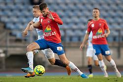 Anders Randrup (Hvidovre IF) kæmper med Jeppe Kjær (FC Helsingør) under kampen i 1. Division mellem Hvidovre IF og FC Helsingør den 15. september 2020 på Pro Ventilation Arena, Hvidovre Stadion (Foto: Claus Birch).