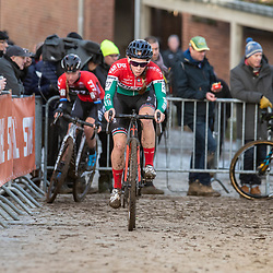 2019-12-15: Cycling: Overijse: The hungarian champion Kata Blanka Vas taking the lead on the cobbles